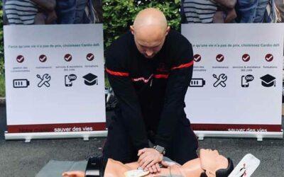 Comment faire un massage Cardiaque ? Guide Complet